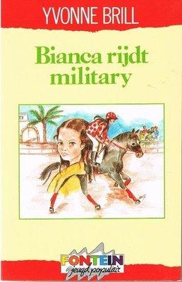 Bianca 19 - Bianca rijdt military - 2e-hands in goede staat