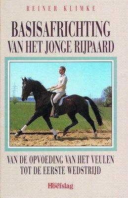 Basisafrichting van het jonge rijpaard - 2e-hands in goede staat