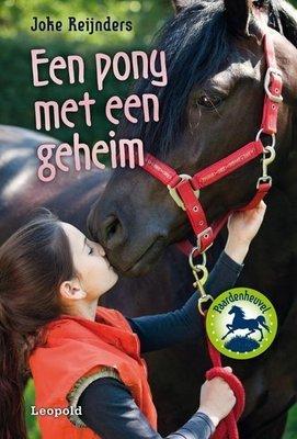 Een pony met een geheim - 2e-hands in goede staat