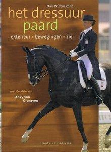 Het dressuur paard - Nieuwstaat